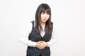 食べ過ぎからくる腹痛を改善するツボの組み合わせ
