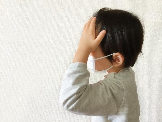 まさかの落とし穴!?マスクでの頭痛の方増えてます